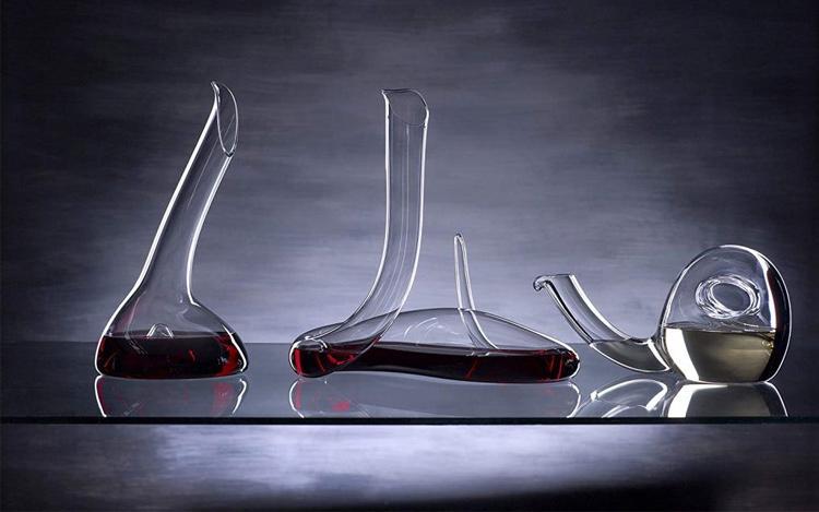 Disfrutar del vino con accesorios indispensables