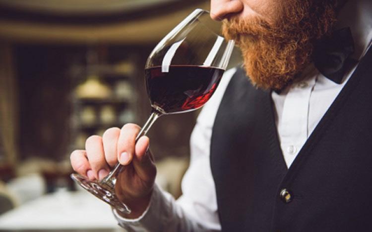 Disfrutar más del vino entrenando los sentidos